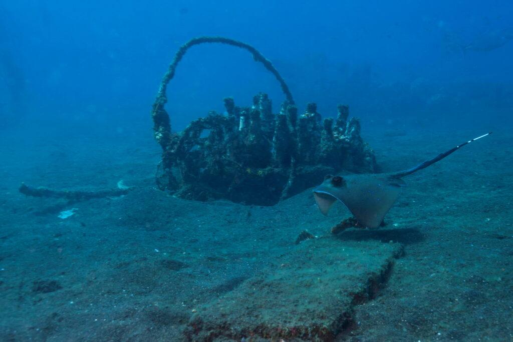 activités environnementales de Centre de plongée Amed - récif artificiel Amed Ghost Bay - Bali